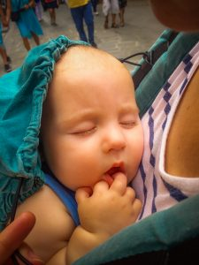 Baby sleeping in Manduca