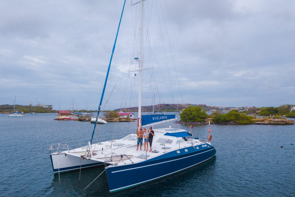 Sailing to Curacao