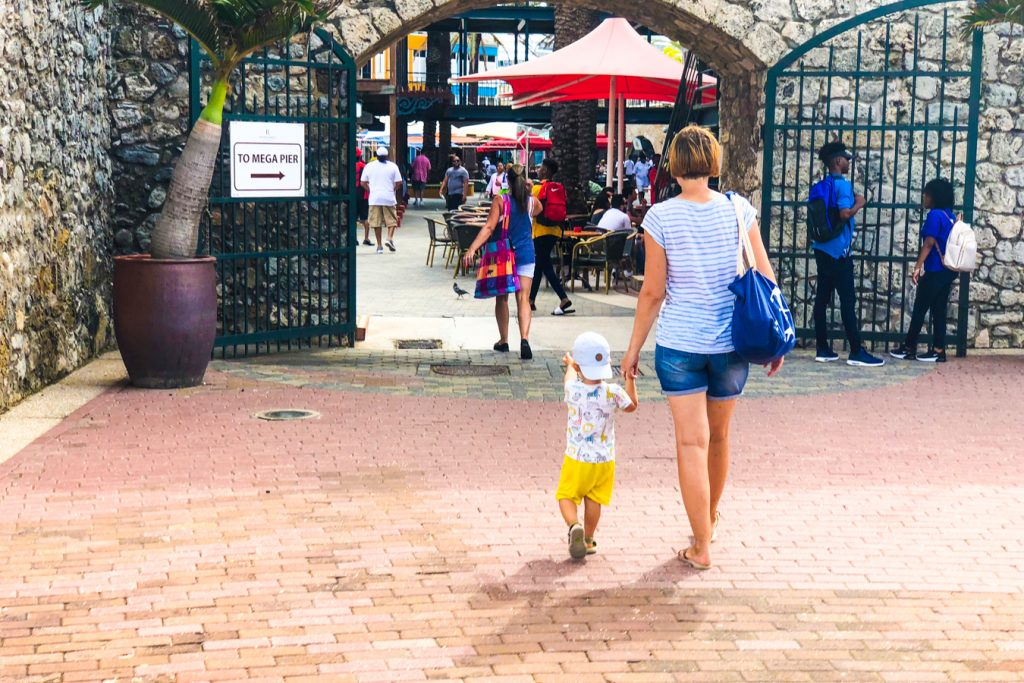 Willemstad with toddler