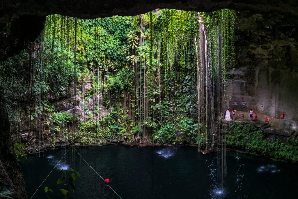 Cenote Ik-KIl Yucatan