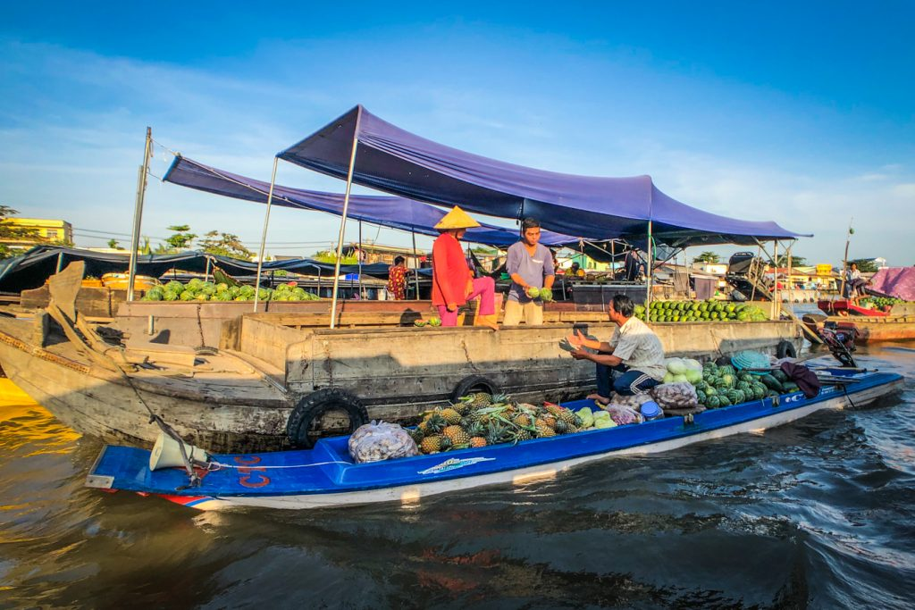 Can Tho floating market in Mekong Delta