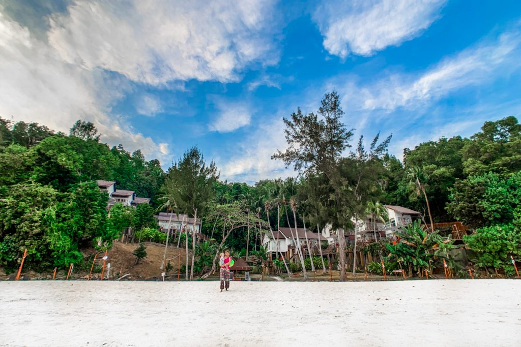 what to do in borneo