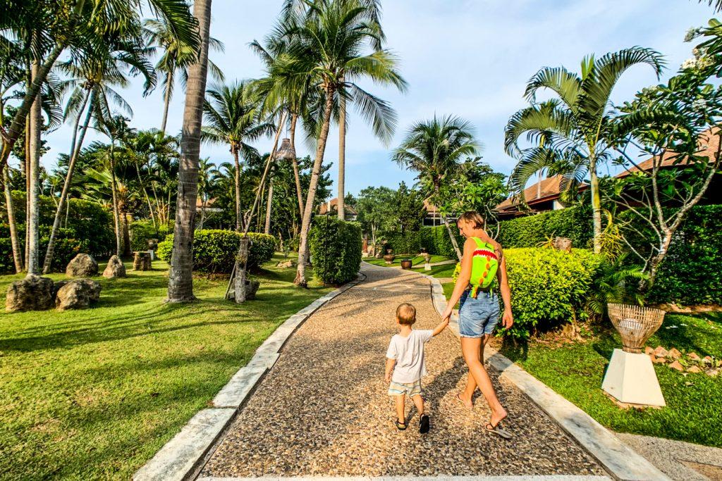 hotels lanta with kids