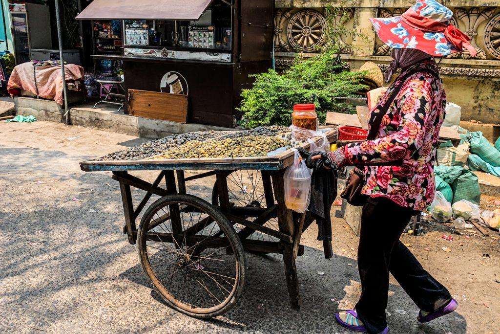 cambodia capital streets