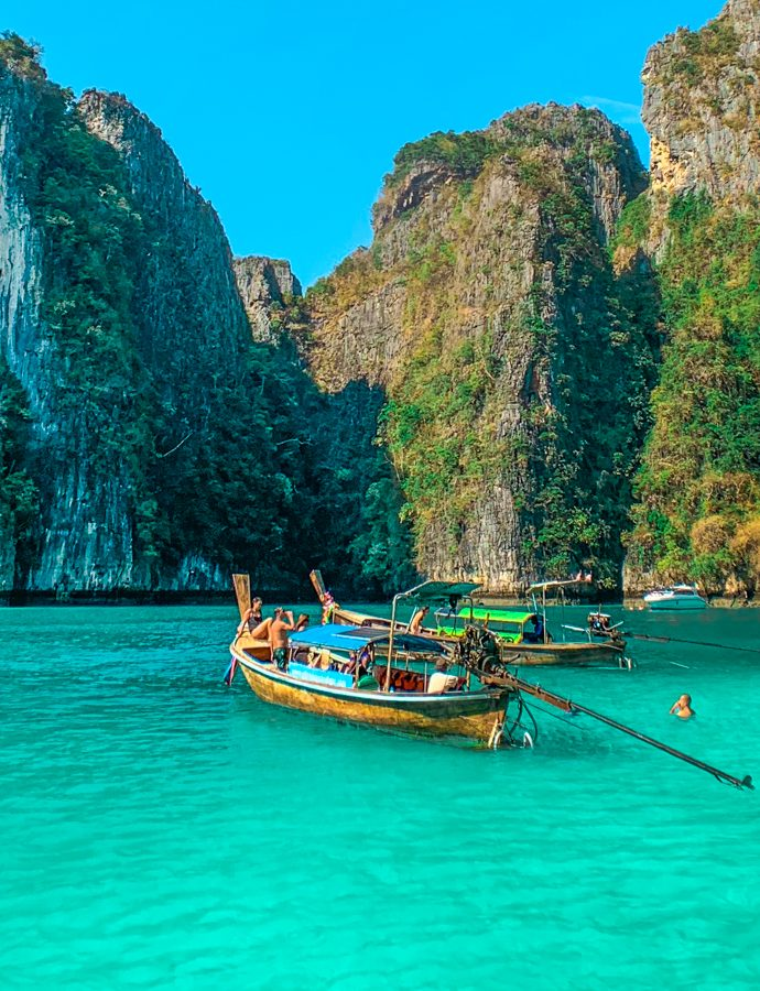 Phi Phi, postcard-perfect islands