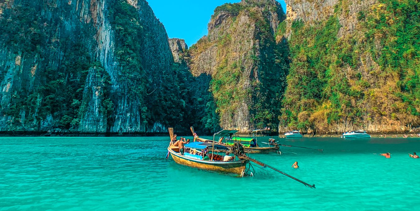 Phi Phi, postcard-perfect islands